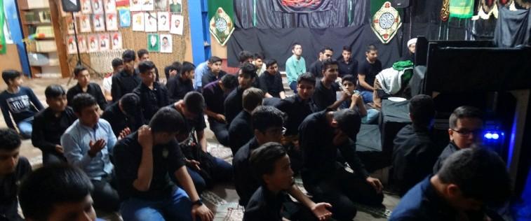 برگزاری هیئت انصارالمهدی توسط انجمنی های فریمان در آخرین شب قدر