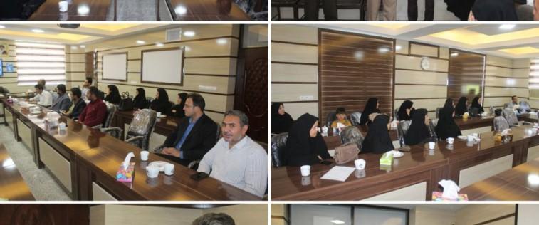 تقدیر از مربیان و مدیران فعال در برگزاری نمایشگاه مدرسه انقلاب انجمن های اسلامی تایباد